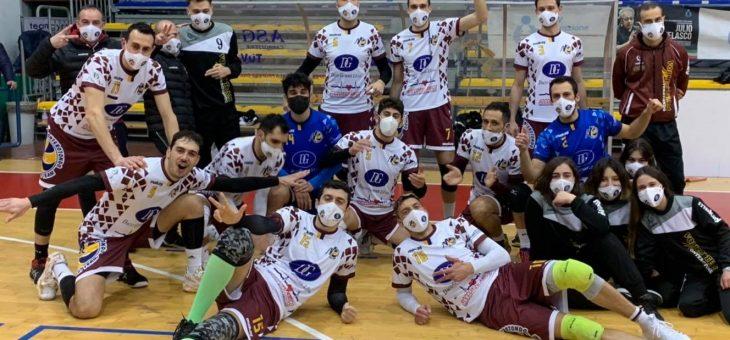 Monterotondo ci prende gusto: 3-1 al Viterbo e 2° posto nel girone di Serie B